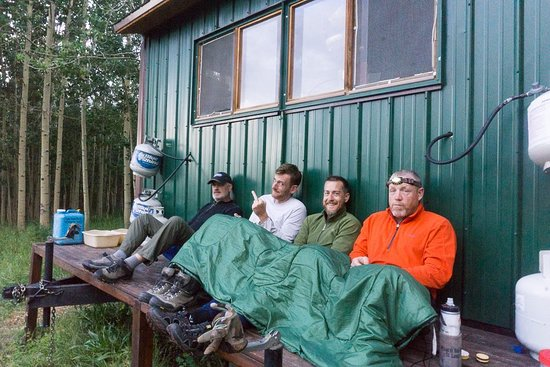 San Juan Hut Systems: Cool evening hanging out at the last hut!