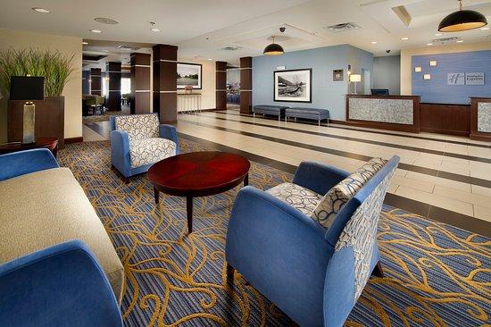 Tullahoma, TN: Hotel Lobby