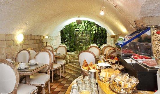 Hotel Aston Paris : Breakfast room