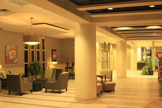 Holiday Inn Portsmouth Downtown: Lobby Area