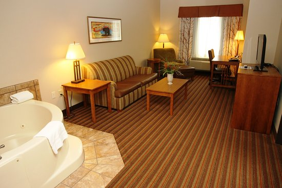 Donegal, PA: Executive Suite