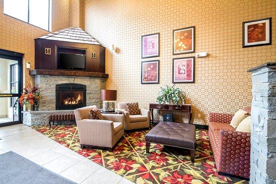 Comfort Inn & Suites Tunkhannock: Lobby