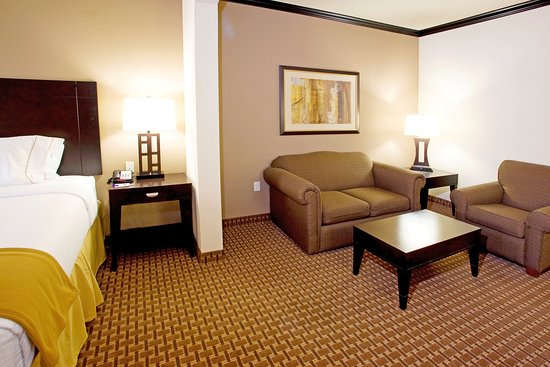 Holiday Inn Express & Suites Corpus Christi: Guest Room