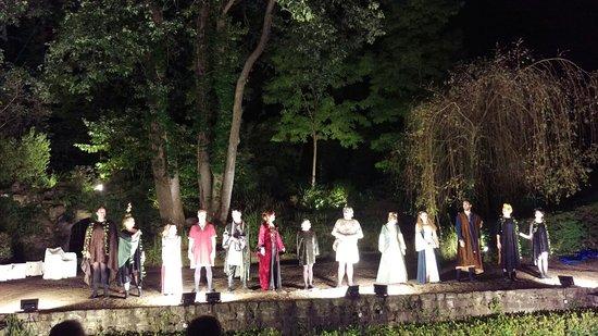 Imag0855 picture of theatre de verdure du - Theatre de verdure du jardin shakespeare ...