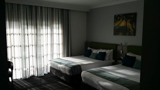The Vines, Australia: lovely big room with the most comfortable beds I've ever slept on!