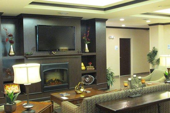 Holiday Inn Express Hotel & Suites WHEELING : Lobby Lounge