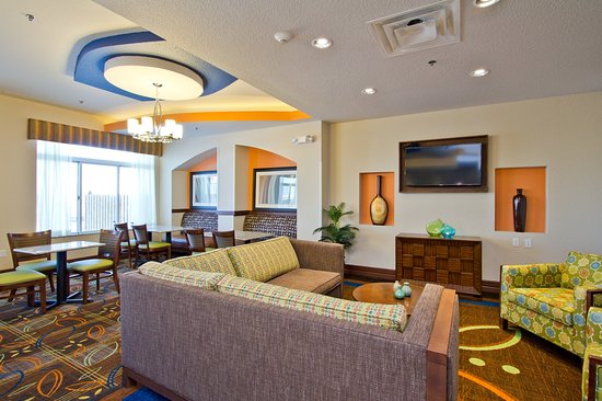 The Timbers Hotel: Holiday Inn Express and Suites Denver East Aurora Northfield