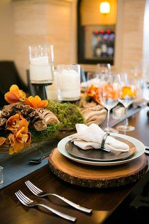 Crowne Plaza Costa Mesa Orange County: Distinctive dining experiences at our Costa Mesa hotel.