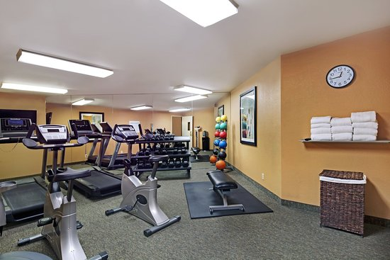 Holiday Inn Express Port Hueneme: Fitness Center