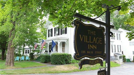 The Village Inn Bild