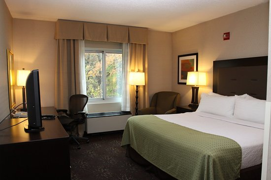 Budd Lake, NJ: Enjoy new bedding ensemble in our king rooms