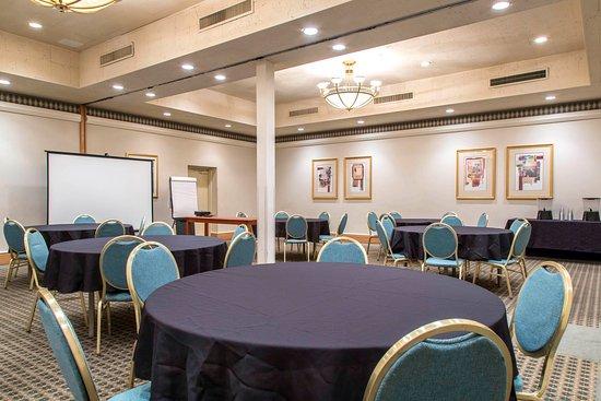 Quality Inn : Ballroom