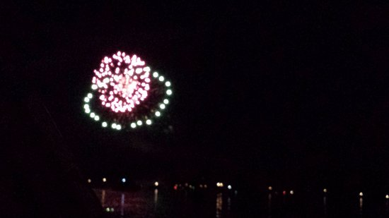 Jamestown, Пенсильвания: 4th of July fireworks at the lake.