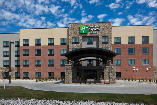 Holiday Inn Express Hotel Suites Fort Dodge Located Near The Crossroads Mall