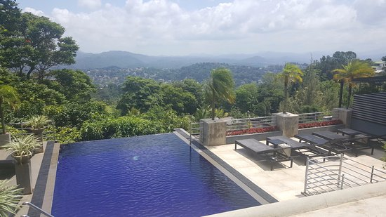 Theva Residency: Small infinity pool overlooking Kandy- Great when it's  raining!