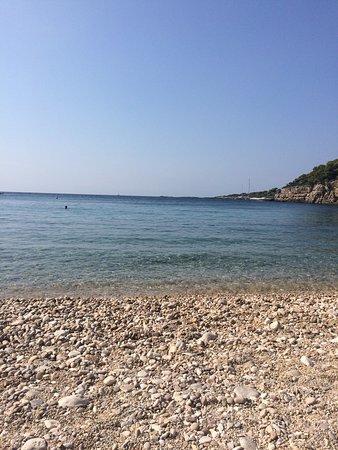 Roussoum Gialos Beach (Patitiri, Grekland) - omdömen