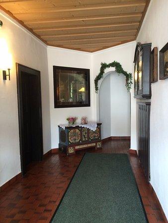 le couloir d\'entrée- - Picture of Haus Elisabeth, Mils bei Solbad ...