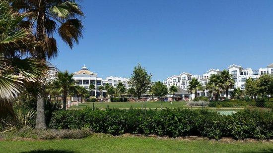 Hotel Fuerte Estepona: 20160725_123540_large.jpg
