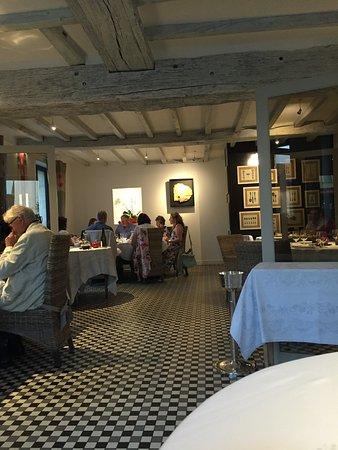 Le-Petit-Pressigny, Frankrig: la salle aà manger de gauche (par rapport à l'entrée)