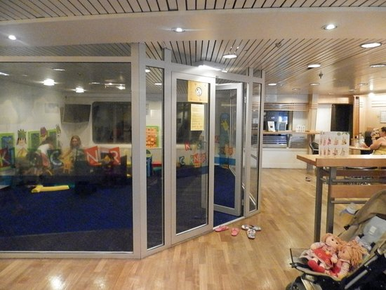salle de jeux enfant du mega smeralda photo de corsica ferries bastia tripadvisor. Black Bedroom Furniture Sets. Home Design Ideas