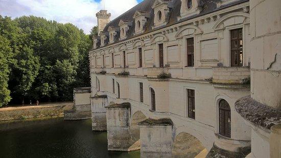 Point de vue de l\'intérieur du chateau - Photo de Château de ...