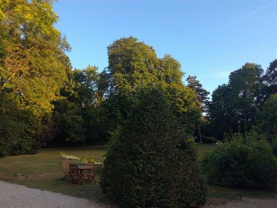 Varennes-Jarcy, Frankrike: IMG_20160805_203707_large.jpg