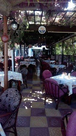 Adele, Griekenland: Memories Restaurant