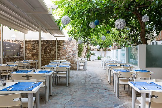 Dimitrios Beach Hotel: TERRACE