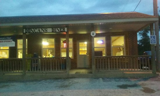 "Prairie Home, MO: Ownership changed a few years ago. It is now ""duncan's Diner""... used to be called ""Amanda's pla"