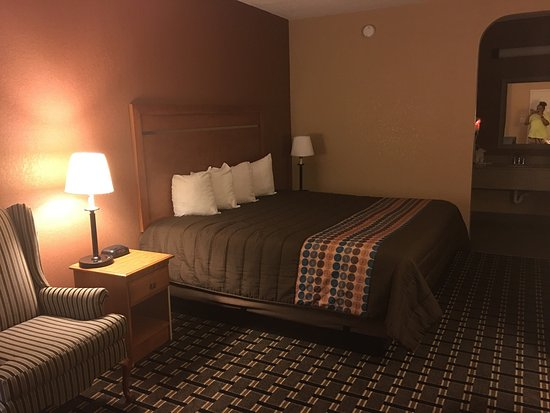 Days Inn Columbus: photo0.jpg
