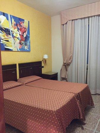 Hotel La Pace Photo
