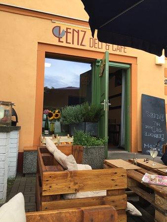 Lenz Deli & Café