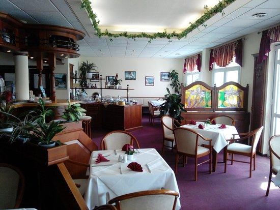 Strandhotel Germendorf: Room and Breakfast
