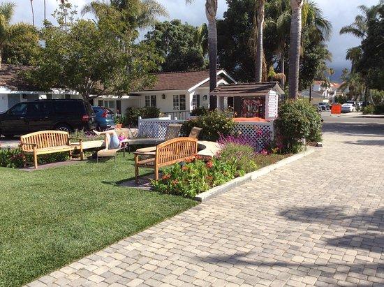 Marina Beach Motel Photo