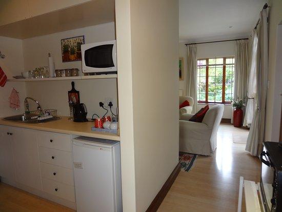Rondebosch, Sør-Afrika: Wisteria kitchenette