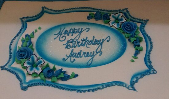 Amherst, MA: Specialty cakes at Atkins