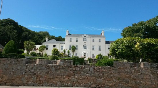 La Haule Manor: Fabulous!