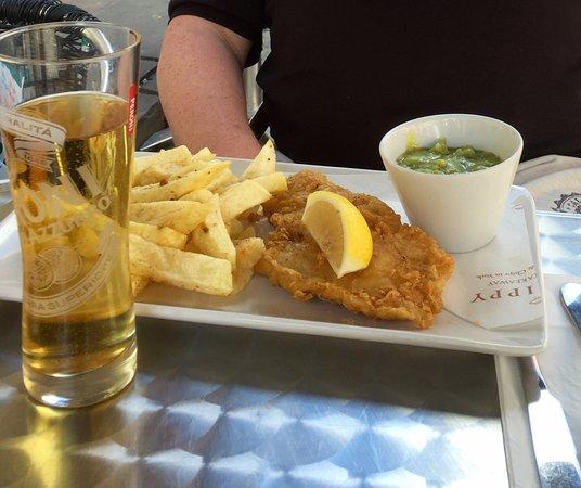 Mr Chippy Restaurant: photo0.jpg