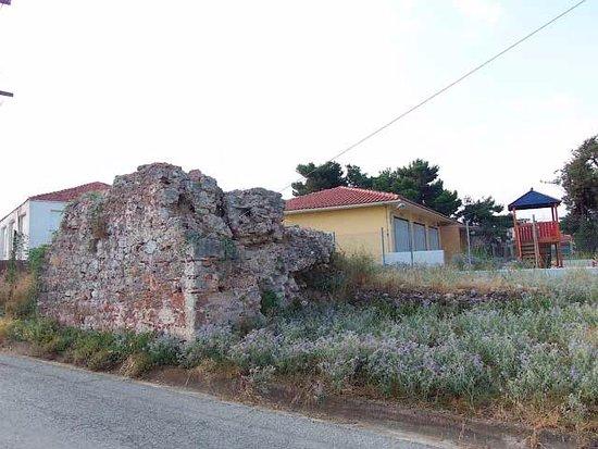 Nea Potidea, Griechenland: Остатки стены Юстиниана