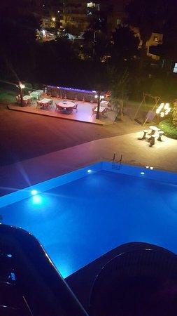 Erkaptan Apart Hotel: 20160806_000215_large.jpg
