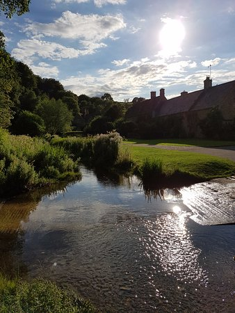 Lords of the Manor Hotel: Upper Slaughter (just outside the hotel)