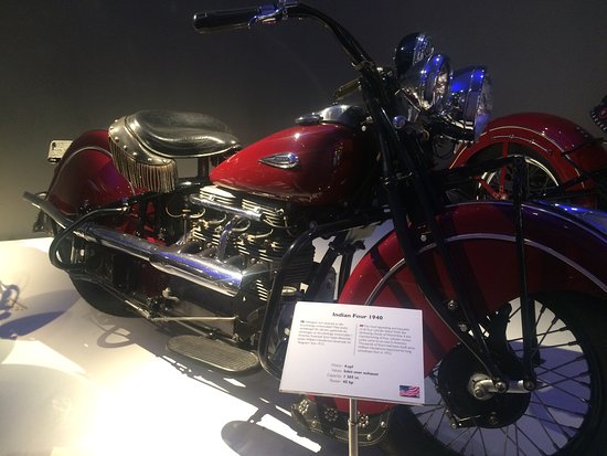 MC Collection Motorcycle Museum: photo2.jpg