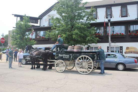 Our Special Horse Drawn Beer Delivery From The New Glarus Brewing Co Picture Of New Glarus Hotel Restaurant Tripadvisor