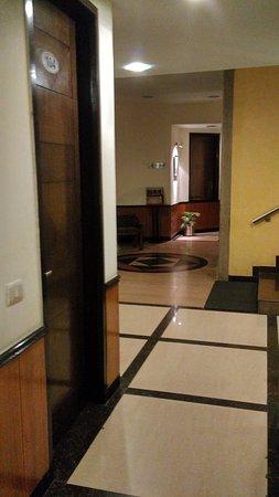 Hotel Pallavi West Bild