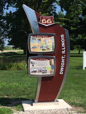 Dwight, IL: Route 66 Association Hall of Fame & Museum