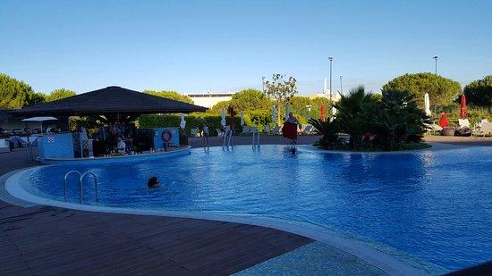 Linda-a-Velha, Portugal: 20160805_192946_large.jpg
