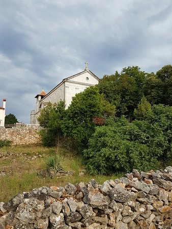 Stari Grad, Kroatia: The Church of St Peter and the Dominican Monastery