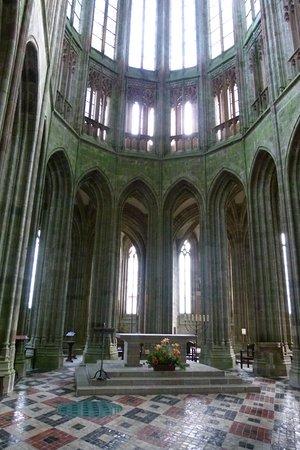 Intérieur de l\'Abbaye - Picture of Abbaye du Mont-Saint-Michel, Mont ...