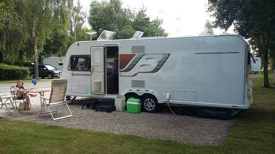 Chester Fairoaks Caravan Club Site: 20160805_144958_large.jpg