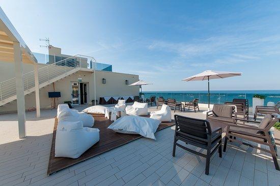 Hotel vista mare $81 $̶8̶6̶ prices & reviews cesenatico italy